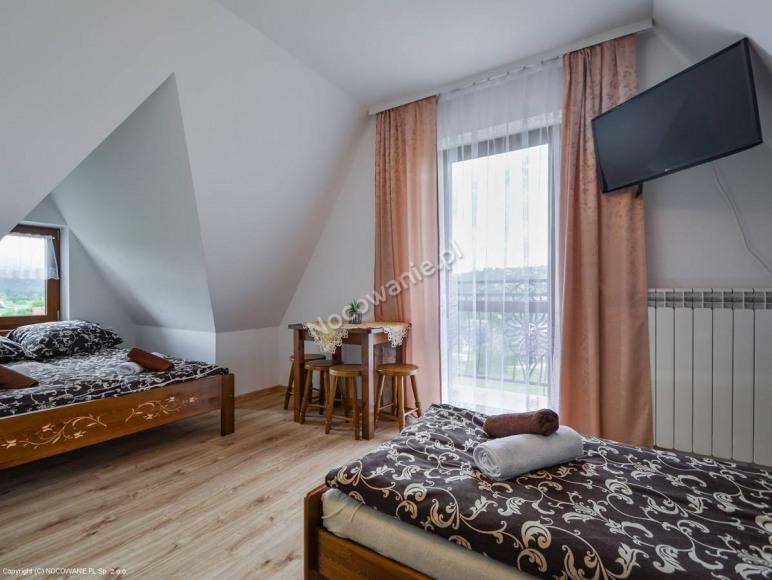 Pokoj 4 osobowy z balkonem