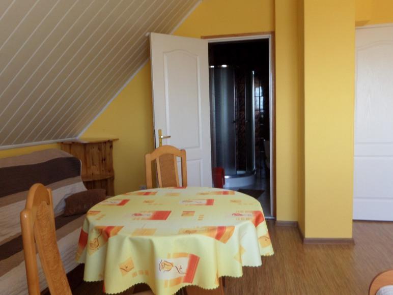 pokój trzy osoby +1