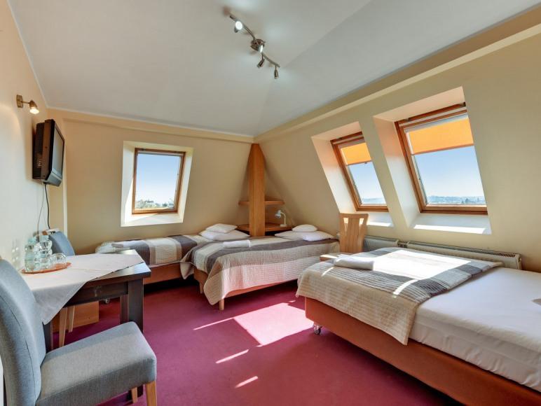 pokój rodzinny 3 lub 4os