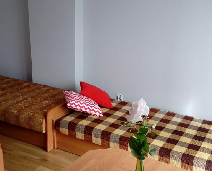 pokój 3- os na piętrze