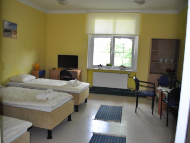 Pokój trzyosobowy Nr 1