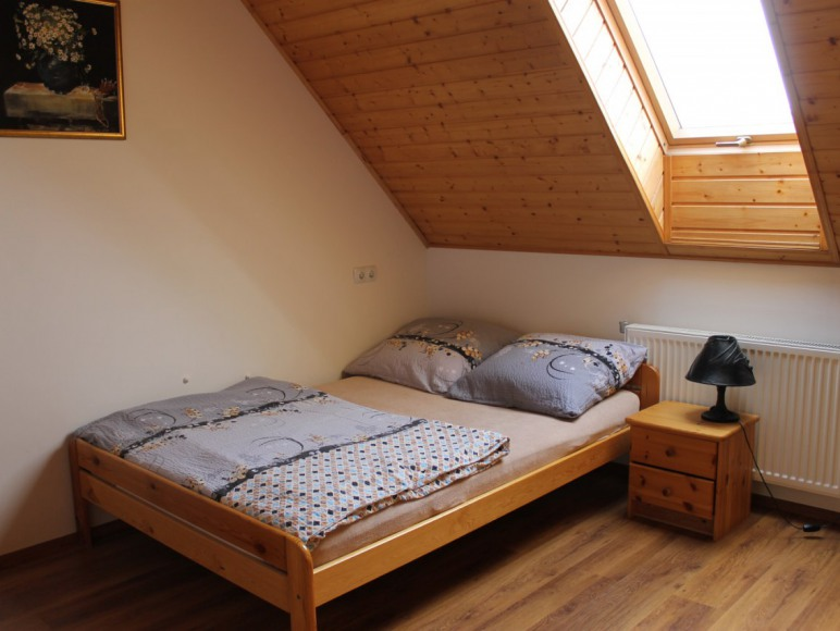 Domek 14-osobowy sypialnia 2-os