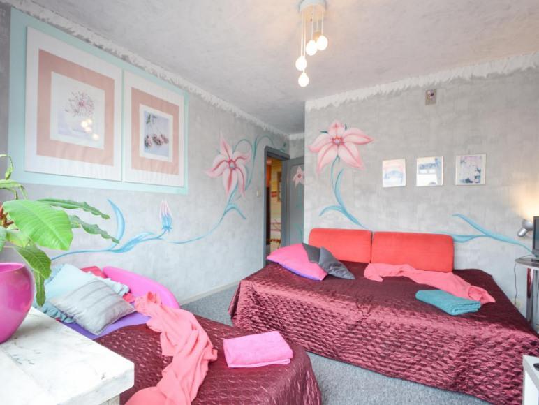 Sypialnia Egzotyczne Lilie