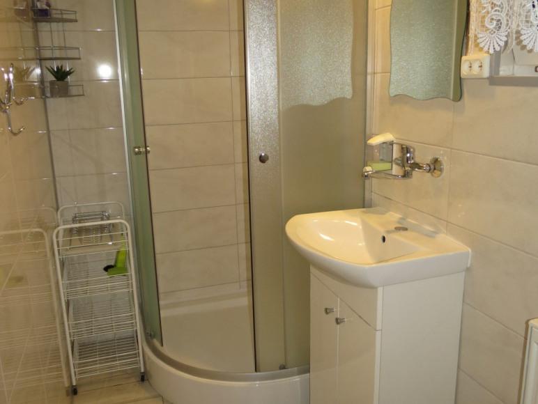 Pokój + łazienka