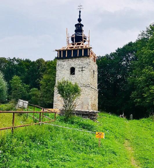 Jedyna ocalała dzwonnica po Łemkach