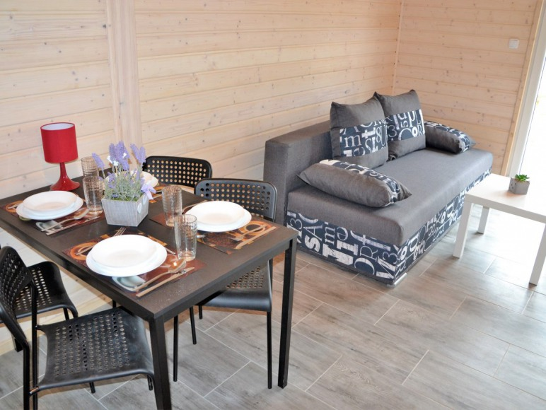 Nirvana salon z rozkładaną sofą