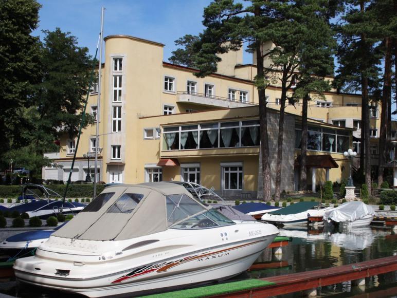 Oficerski Yacht Club R.P. Pacyfik