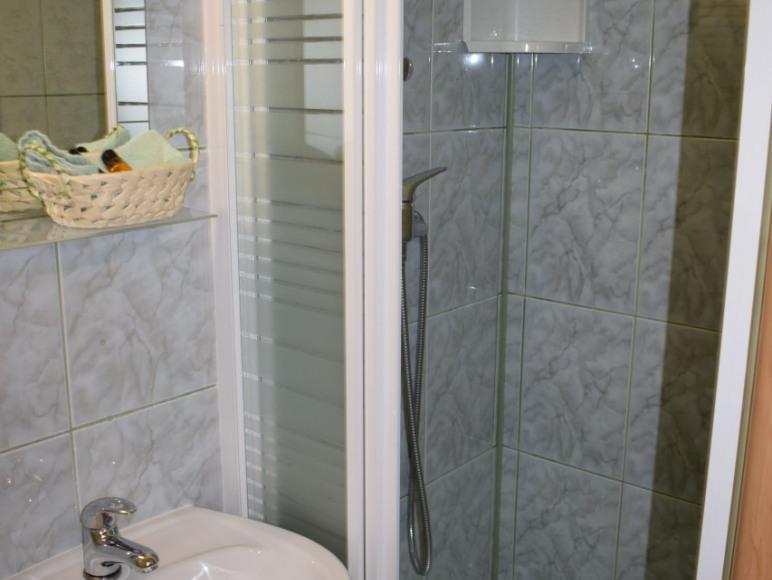 łazienka 2 - pokój dwuosobowy