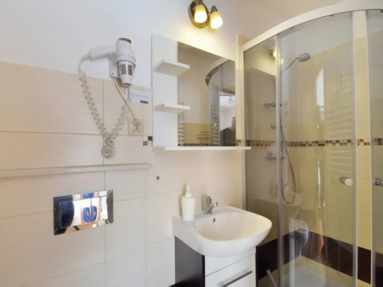 Giewont - Pokój 3 osobowy łazienka