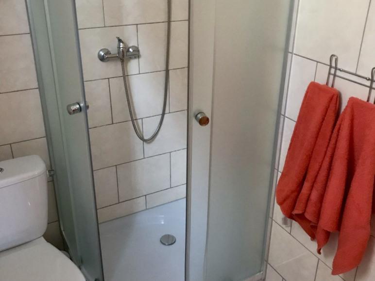 Łazienka w domku 2-osobowym