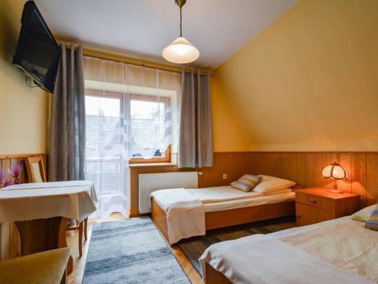 pokój 2-osobowy z balkonem z widokiem na Giewont