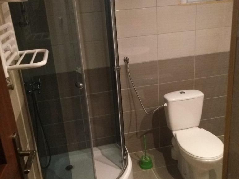 łazienka należąca do studia