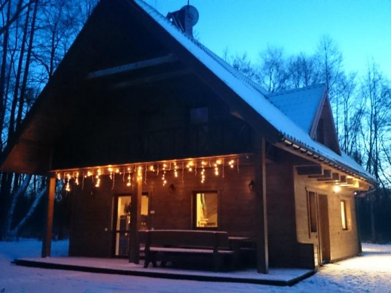 Willa Bobrowa Dolina zimą