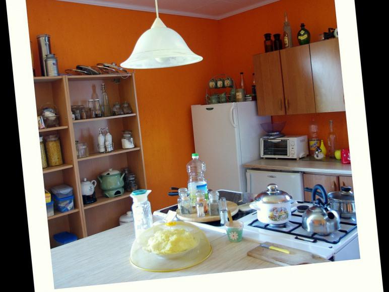 stały dostęp do kuchni tylko dla gości
