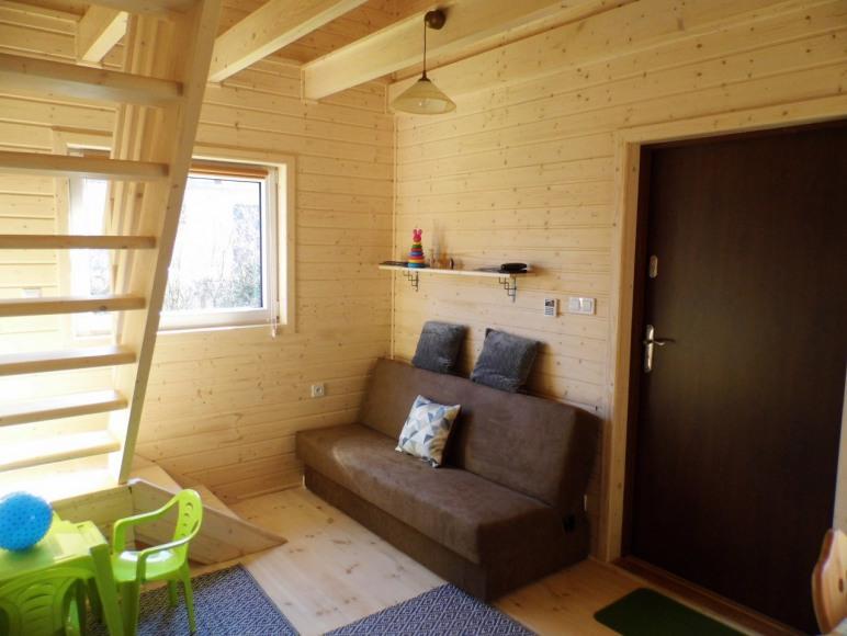 domek drewniany-salonik