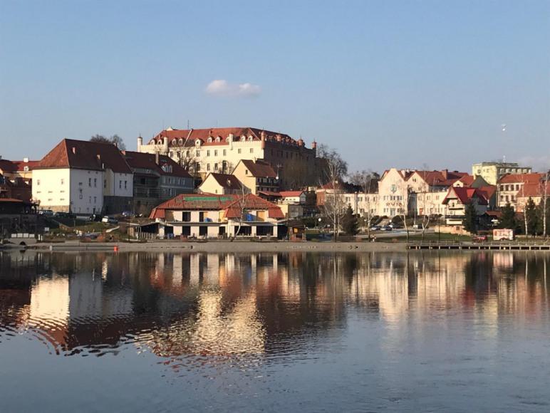 Ryn-widok zamku od strony jez.Ryńskiego