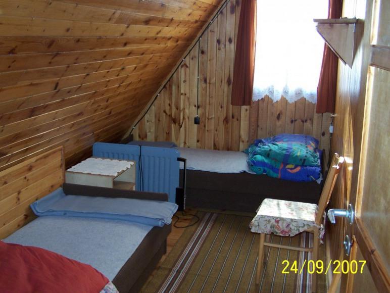 Powałczyn-sypialnia góra
