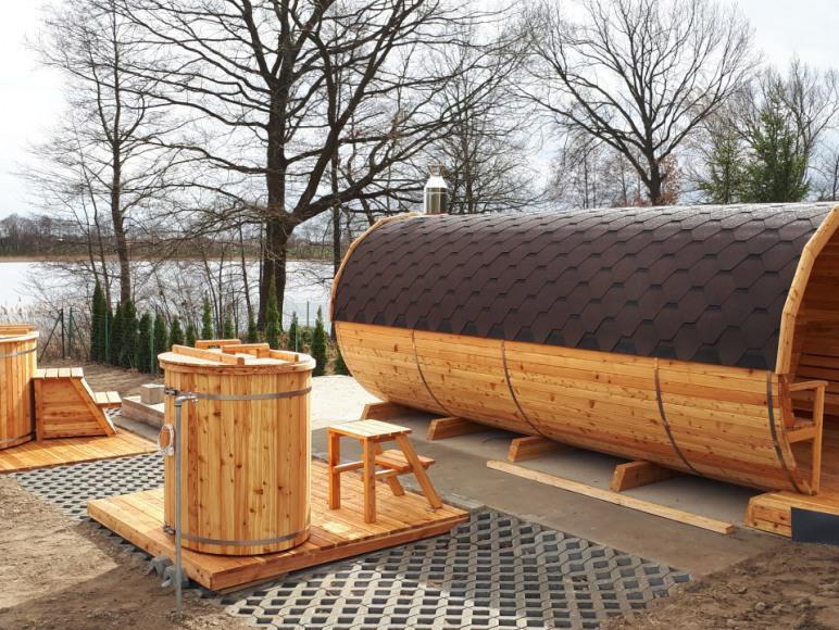 sauna i jacuzzi.