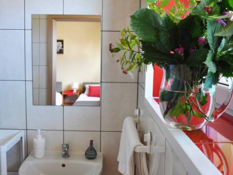 Łazienki zawsze czyste i pachnące.