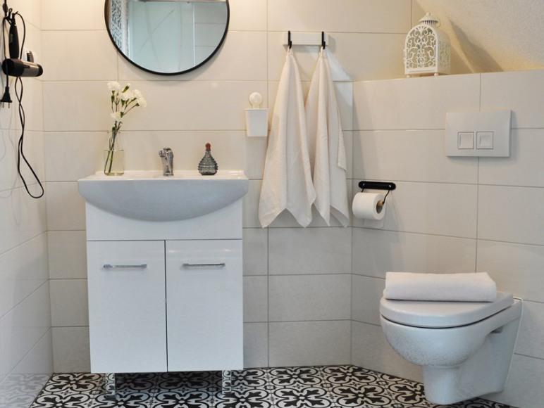 Biało-czarna łazienka. Piękna i nowoczesna :)