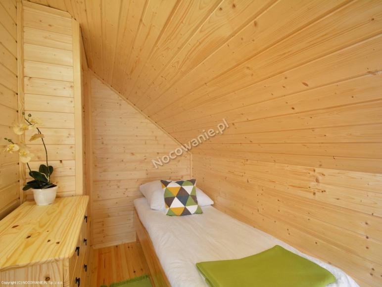 Domek pięcioosobowy mała sypialnia
