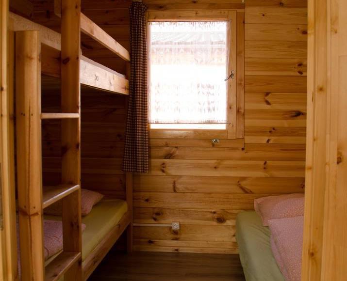 Domek drewniany-sypialnia