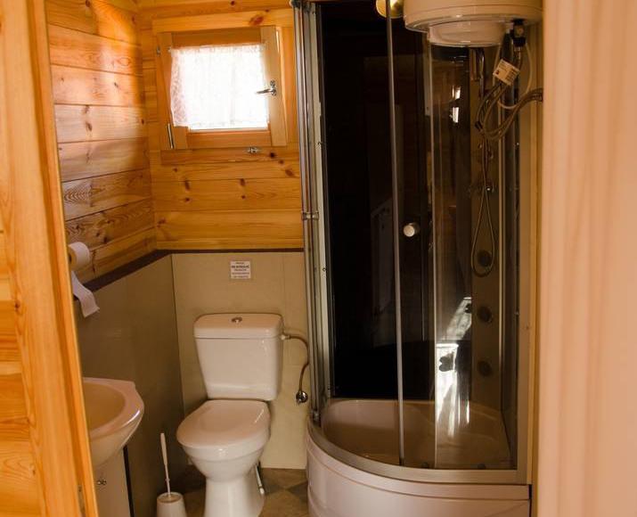 Domek-łazienka