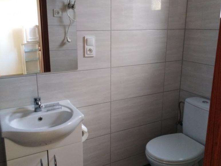 Domki nr 1-5 łazienka dolna