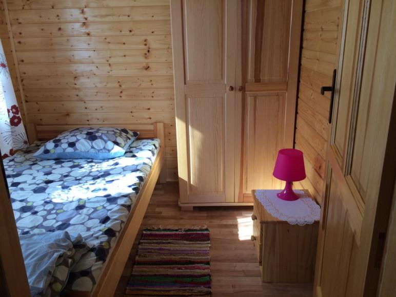 sypialnia w domku 5-8 osobowym