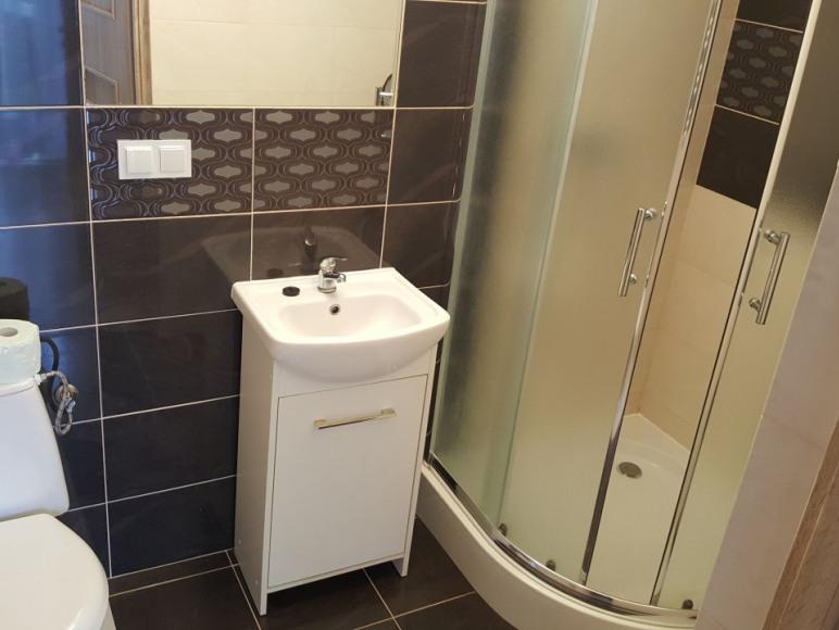 łazienka z pokoju nr 4 parter