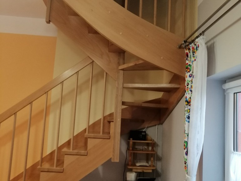 schody do sypialni