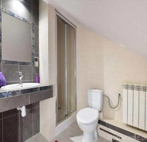 Łazienka dla Apartamentu 4-osobowego