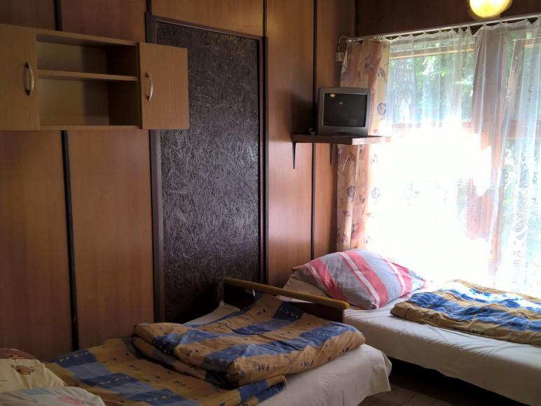 Część pokoju 3 osobowego na parterze