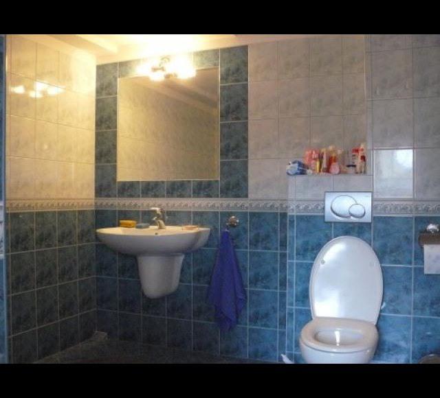 łazienka górma / przy pokojach