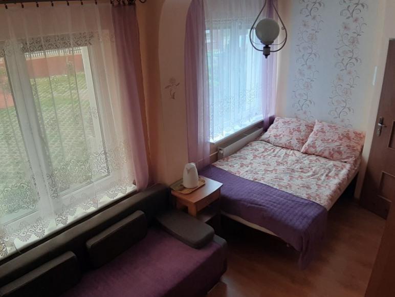 Kwatery i pokoje gościnne Mariola
