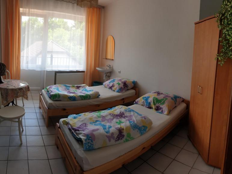 Pokoj z umywalka