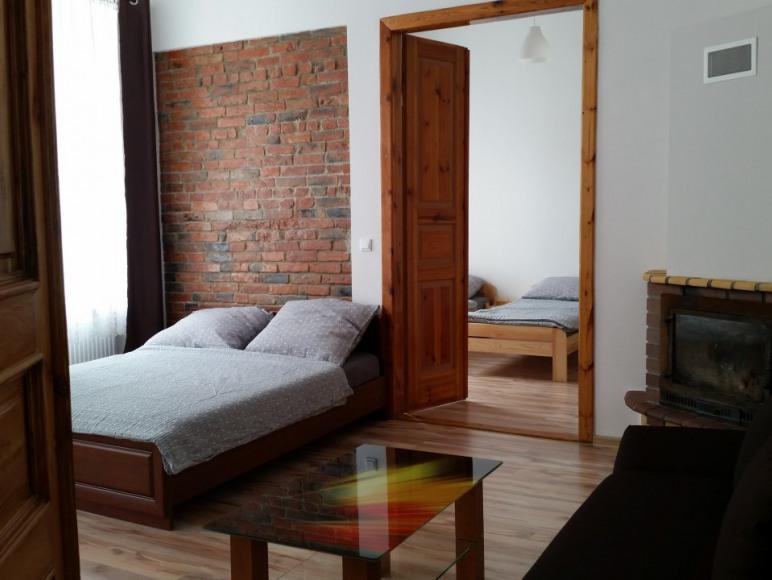 Pokoje i Apartamenty Schott Kamienica w Centrum
