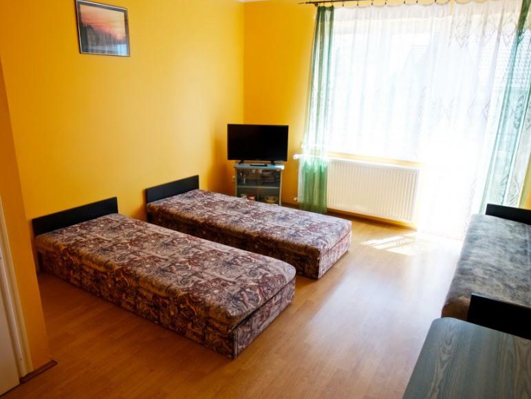 Pokój 3-4 os z balkonem