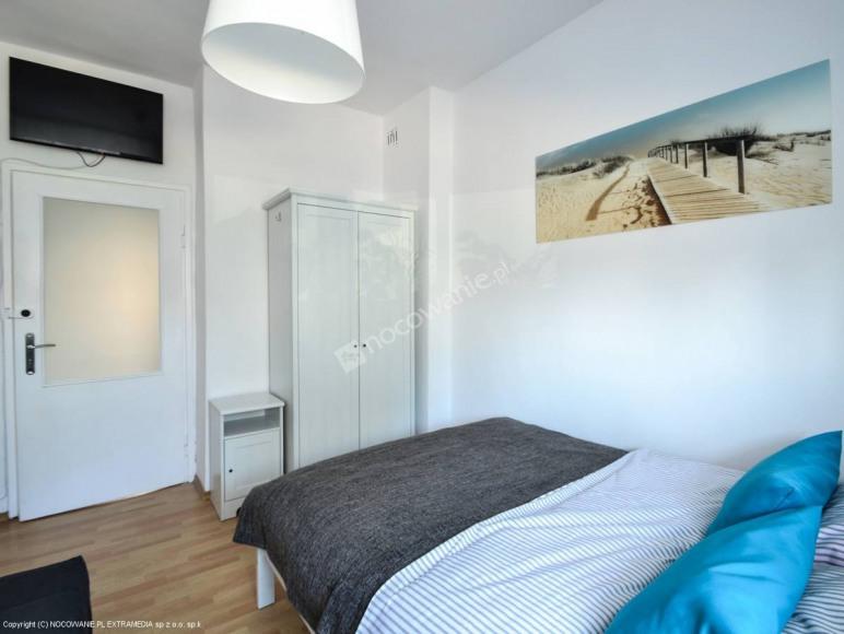 2 sypialnia jedno łóżko podwójne