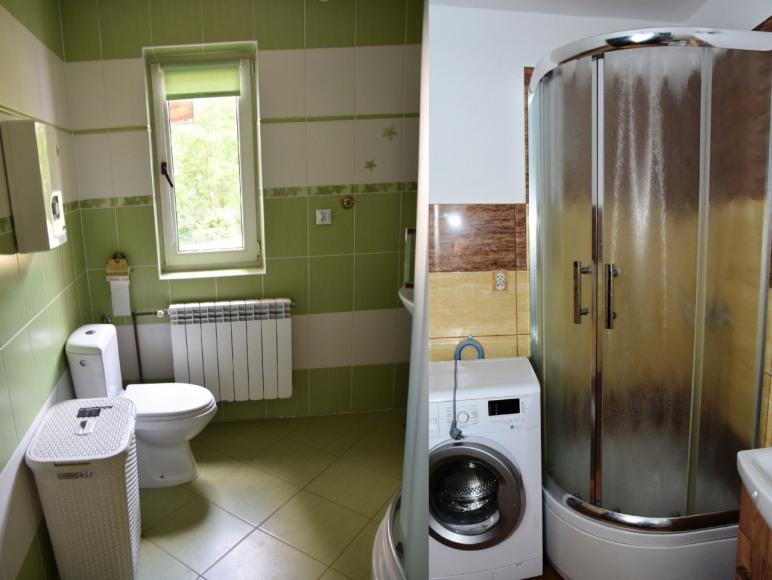 2 łazienki w różnych częściach domu