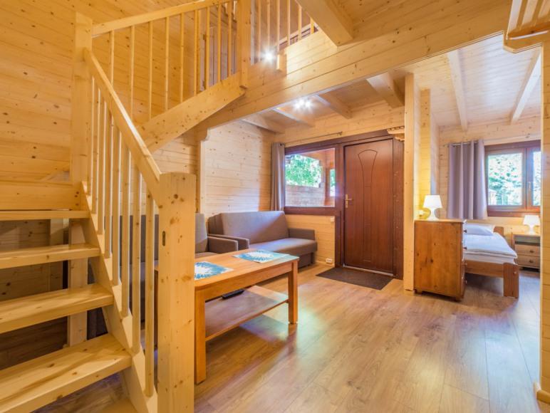 Pokój w domku piętrowym wolnostojącym