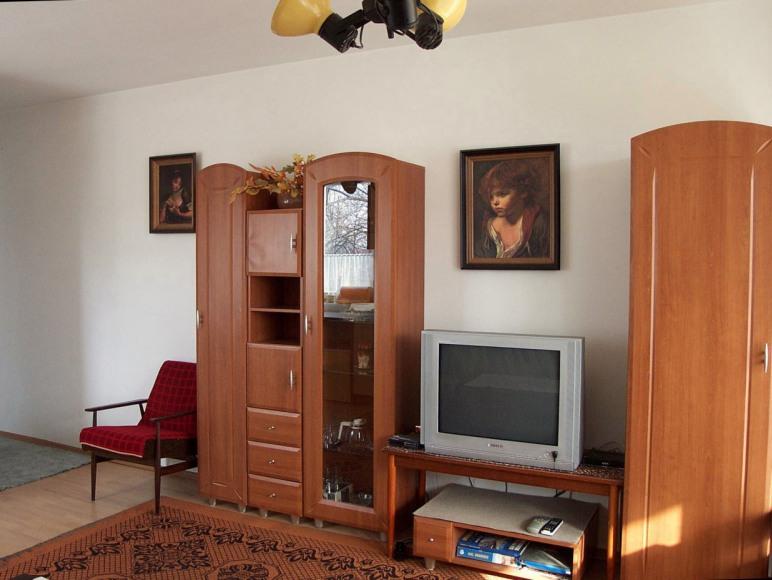 1. duzy pokój