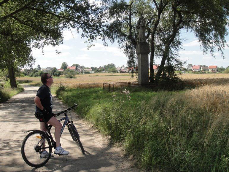 Liczne trasy rowerowe i piesze...