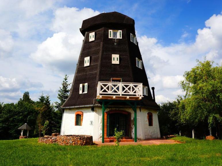 Dom Mazurski Wiatrak