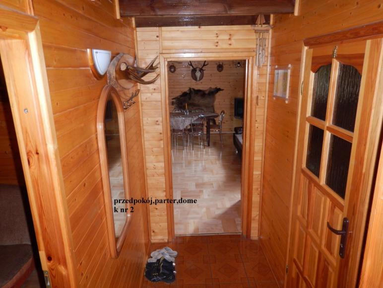 Domek nr 2 przedpokój , łazienka , salon