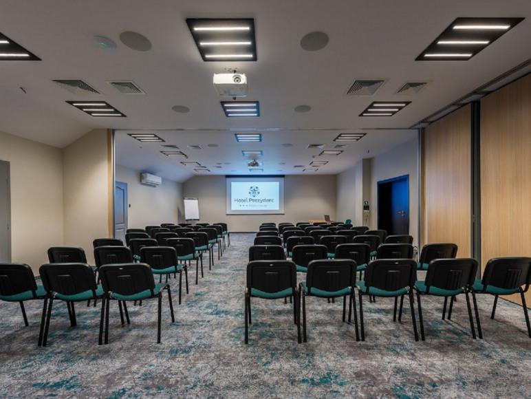 Sala konferencyjna E+F
