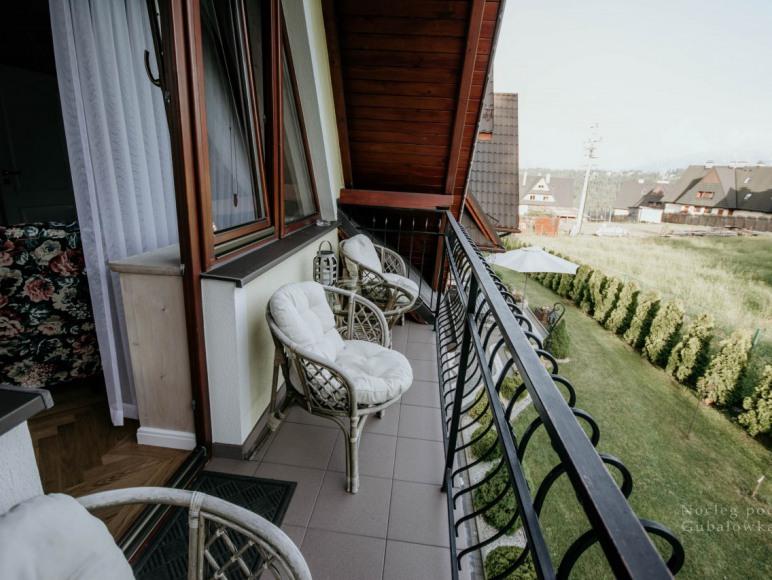 balkon z dużego pokoju