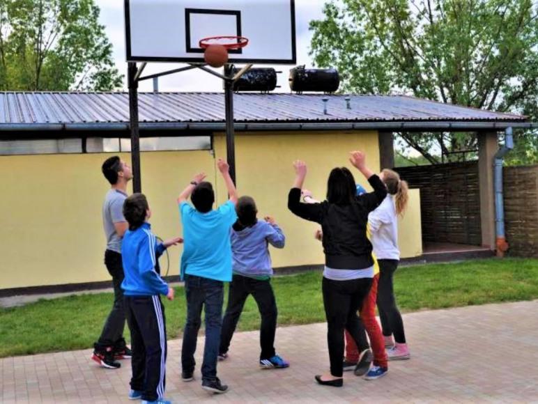 Plac do koszykówki