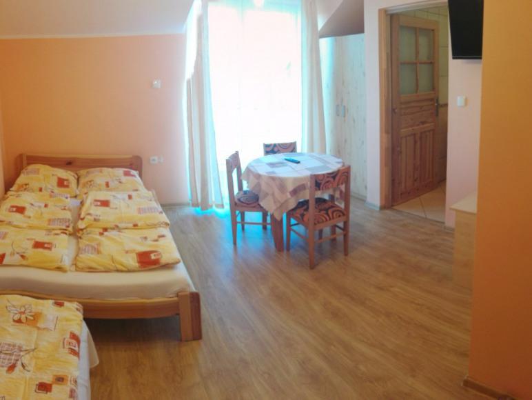Pokój nr 6 - 3 osobowy