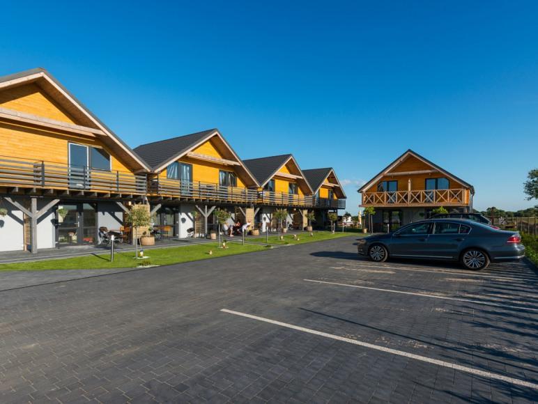 Domki Iwonki parking